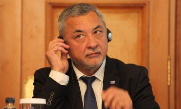 """""""В България най-влиятелните и богати хора са тези, които управляват държавата"""""""