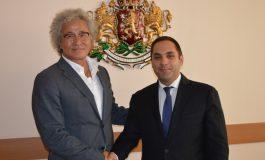 Phillips може да сглобява електромобили в България