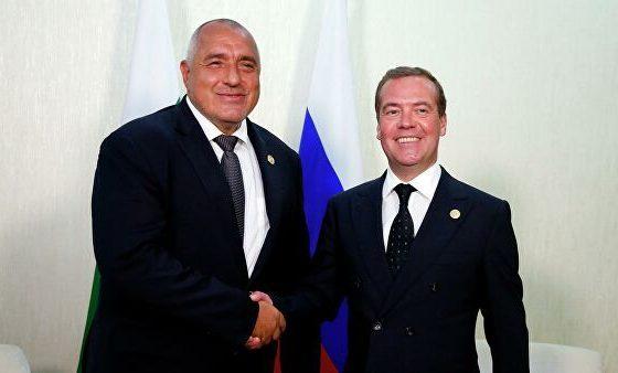 Медведев пред Борисов: Черно море трябва да остане море на мира – с фериботи, яхти, газопроводи!
