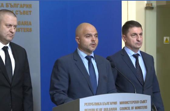 Ивайло Иванов: Премиерът разпореди бързи арести на извършителите потрошили столично заведение