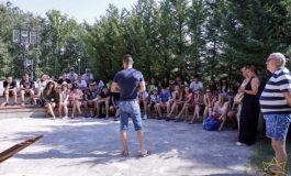"""Млад журналист коментира """"войната"""" по пътищата с деца и младежи в """"Камчия"""""""