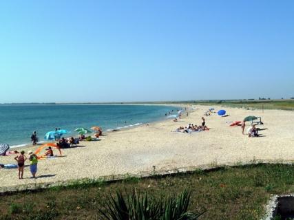 Спасители на плажа в Шкорпиловци: Не подценявайте опасностите в морето!