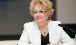Валерия Велева: И подкараха три синджира русофили ...