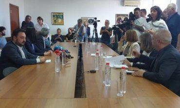 Кой трябва да поеме отговорността за спрения ефир на БНР и каква е реалната причина за спирането му?