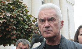 Волен Сидеров се чувства цензуриран и заплашва със съд БНТ
