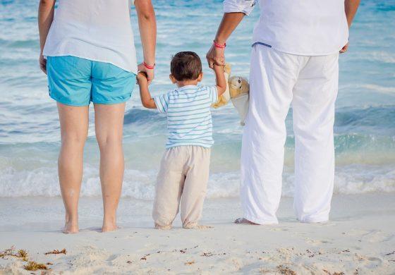 """Богослови: Проектира се """"нов"""" тип семейство, а първата жертва са децата!"""