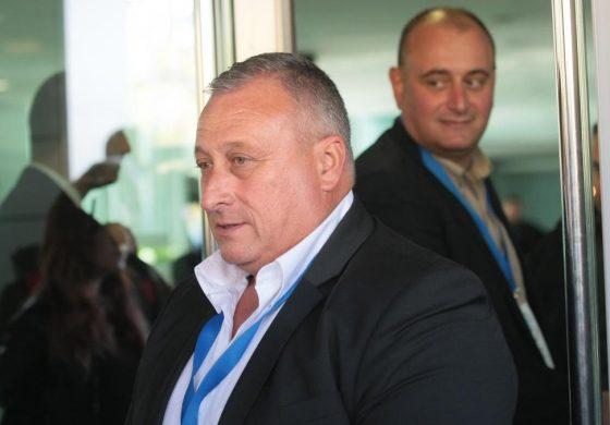 Бивш шеф на СДС във Варна и зърнен бос в редиците на Слави