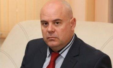 73 становища в подкрепа на кандидатурата на Иван Гешев срещу едва 12 против