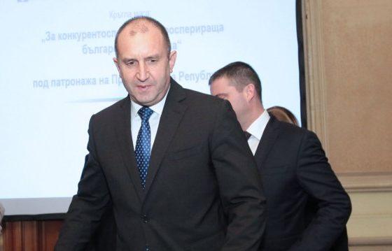 """Радев подписва за Гешев в """"обозрим срок"""", не приема ултиматуми"""