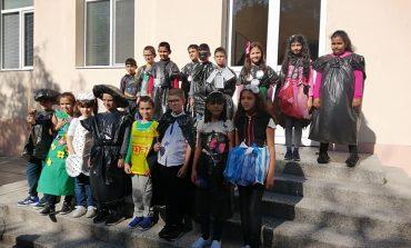 Еко ревю представиха ученици от Дългопол по екопроект