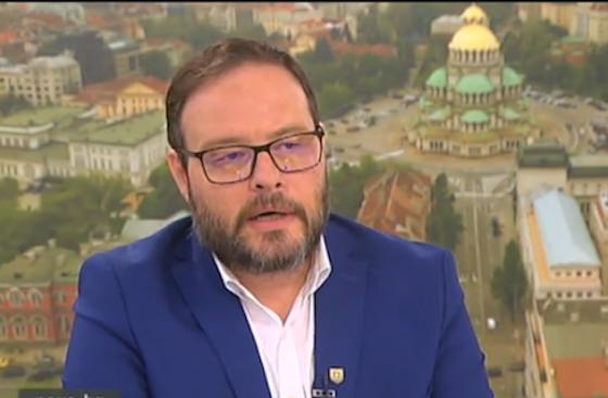 Чуколов към вътрешния министър: Полицаите трябва да спазват закона, а не разпорежданията на служител в ОИК