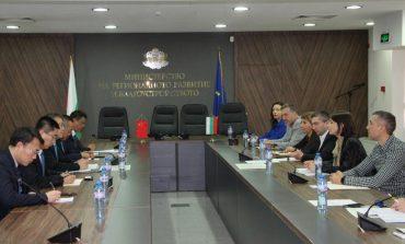МРРБ предложи на китайски компании да изградят тунела под Шипка