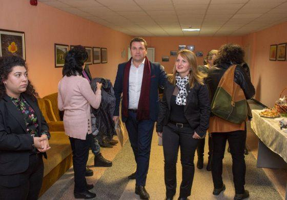"""Общинският съветник Хюсни Адем и директори сред гостите на семинара на ПГСС """"Земя"""" Провадия – снимки"""