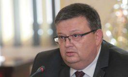 Сотир Цацаров: Депозирам оставката си като главен прокурор днес след обяд