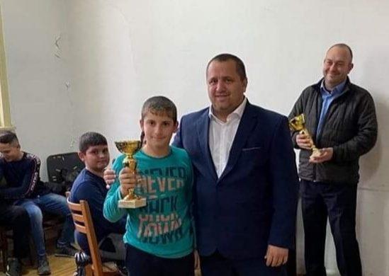 """Наградиха най-добрите спортисти на ОСК """"Родина"""" за 2019 г."""