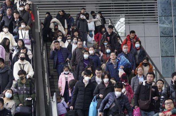 Броят на заразените с коронавирус в Китай надвишава 2 хиляди души