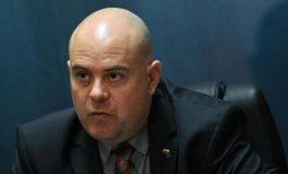 Гешев отмени срещата си с Нинова: Прокуратурата няма да позволи да бъде използвана политически!