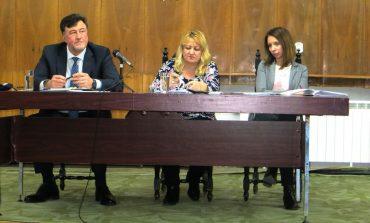 Кметът Жоро Илчев показа твърда ръка на общественото обсъждане за бюджет 2020 в Провадия