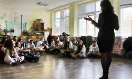 Белославско училище със смарт кабинет и интерактивни маси