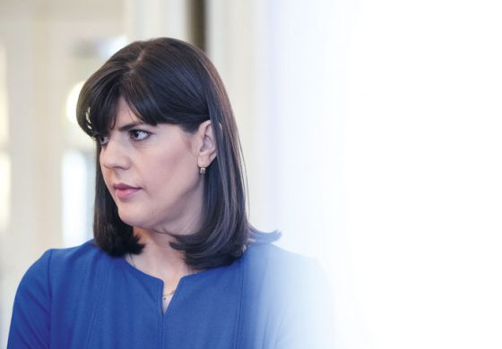 Кой се страхува от Лаура Кьовеши