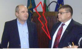 Бисер Денев в остър сблъсък с Филчо Филев! С аргументи защитава новата структура! Инж. Жоро Илчев показва как се сплотява екип готов за много работа