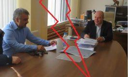 """Инж. Янко Янков VS инж. Филчо Филев! Бившият кмет смешен! Диструктивно се заяжда с опорки и накрая даже не гласува """"против"""""""