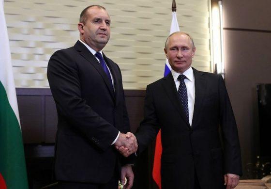 Радев говорил с Путин по телефона, отива в Москва за парада на Победата на 9 май
