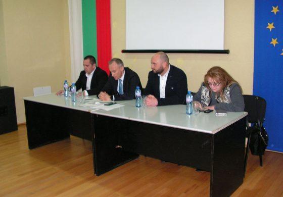 Министърът на образованието и науката Красимир Вълчев посети Суворово