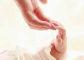 Отнетото българско бебе в Германия и майка му вече са заедно