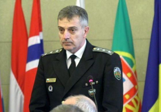 Вицеадмирал Ефтимов става шеф на отбраната след смъртта на ген. Боцев