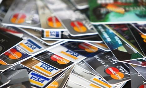 До 100 лева се увеличава лимитът за плащане с карта без пин