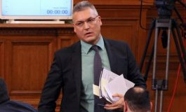 Валери Жаблянов към ГЕРБ: Искате да управлявате с укази и декрети, това е диктатура