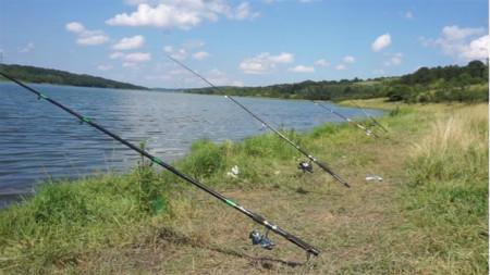 Прокуратурата погна рибари, събрали се за състезание на язовир в с. Левски
