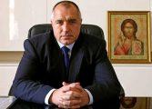 Премиерът поздрави медиците: Прекланям се с гордост пред всеки българин. Защото днес всеки е герой!