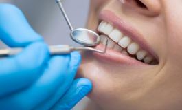 От днес българите над 65 години с безплатни зъбни протези, плащат само за труда