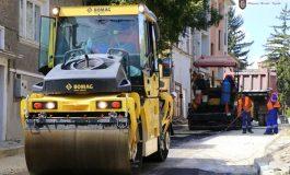 До есента ще бъдат изцяло преасфалтирани 3.5 километра улици в Дългопол и село Цоново
