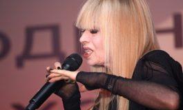 Лили Иванова дарява част от дискографията си на BG музиканти