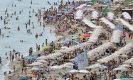 Плажът на Шкорпиловци-юг е един от 23-те с безплатни чадъри и шезлонги