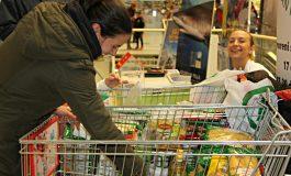 """160 жители на община Аксаково получиха празнични пакети за """"Гергьовден"""""""