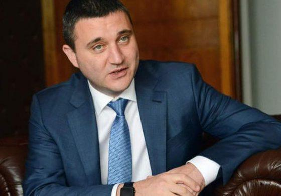 """""""Елегантна"""" оставка на Горанов е невъзможна след """"Есемесгейт"""". Капан за Борисов и Пеевски или опция за предоговаряне?"""