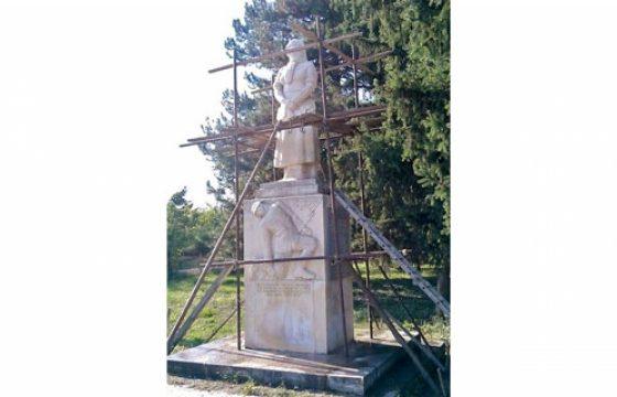 Аврен и Провадия ще получат средства за възстановяване на военни паметници