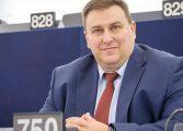 Емил Радев: Настояваме Великобритания да преразгледа решението си за увеличение на таксите за студенти от ЕС