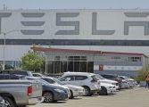 Tesla значително намали цената на спортния си Model Y