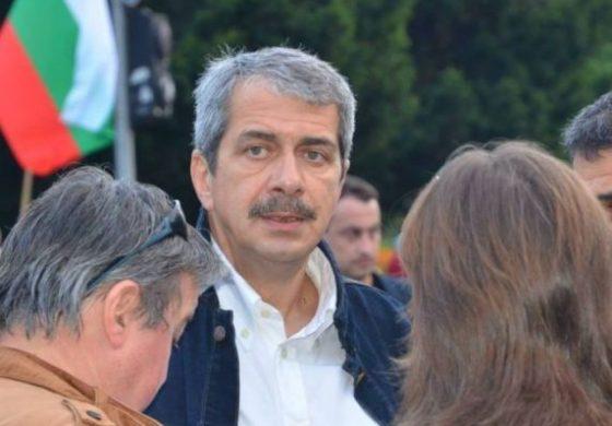 Радев готви хазартна игра с демокрацията – оставка на Борисов, служебен кабинет и отлагане на изборите?