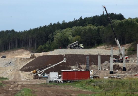 """АПИ отвори офертите за строителен надзор на 90 км от """"Хемус"""""""