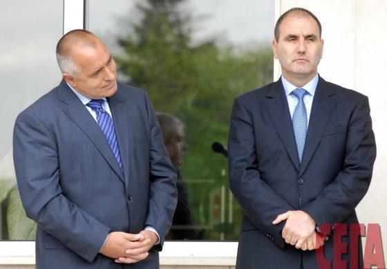 Борисов може да извади Цветанов от играта с една снимка. Няма да се наложи да вади записи за Ресто