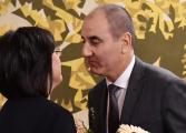 Нинова блъфира Цветанов, играе с Радев, Златев, Наришкин и мощна икономическа група. Цветанов не може да отнеме дори 10 000 от ГЕРБ