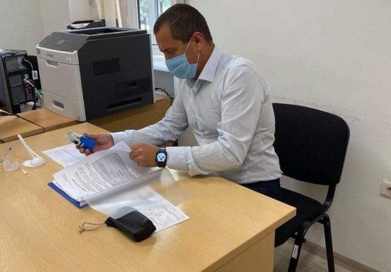 "Кметът на община Суворово подписа договор за ремонт на ДГ ""Буратино"""