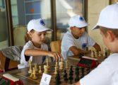 """Малки шахматисти от 7 града се включиха в турнир в СОК """"Камчия"""""""