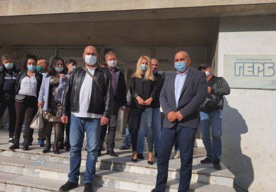 Народният представител от ГЕРБ Павел Христов се срещна с партийната структура  във Ветрино